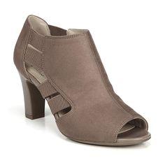 297739264ccf LifeStride Cadenza Women s Ankle Boots