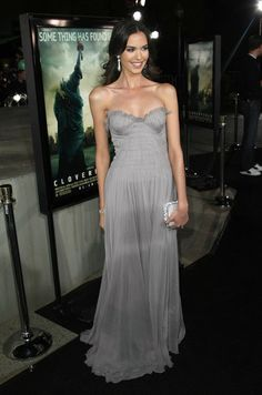 Odette Annable Clothes