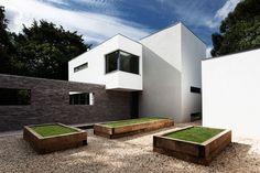 Abbots Way Residence    AR Design Studio   HomeDSGN
