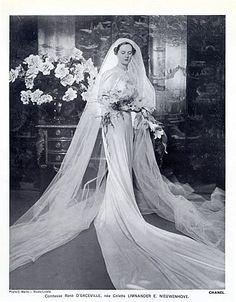 Vintage Chanel wedding dresses | Chanel 1937 Wedding Dress, Pearly Diadem, Fashion Photography C.Martin ...