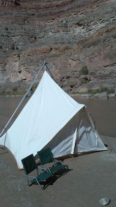 Prairie Tent on the river by Ellis Canvas Tents //.elliscanvastents & 10x10 Prairie Tent by Ellis Canvas Tents http://www ...