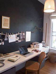 HOME OFFICE. Home Office Design office. Home Office Space, Office Workspace, Office Table, Sweet Home, Home Decoracion, Home Office Organization, Black Walls, White Walls, Home And Deco