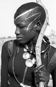 Valiant Times --- mindsplat: Fabrice Monteiro x Bull Doff - The Missing Link. Art Punk, African American Artist, Black Image, We Are The World, Traditional Fashion, African Culture, African Safari, African Design, African Beauty