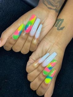 Bling Acrylic Nails, Pink Ombre Nails, Aycrlic Nails, Best Acrylic Nails, Dope Nails, Swag Nails, Coffin Nails, Manicures, Ambre Nails