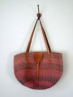 c4d513059b 70s Geranium Woven Market bag