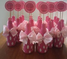 How To Make Bottles Decorated With Balloons - New Deko Sites Confetti Balloons Wedding, Bridal Shower Balloons, Baby Shower Favors, Baby Shower Parties, Baby Boy Shower, Diy Party Decorations, Balloon Decorations, Birthday Decorations, Baby Shower Decorations