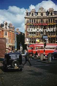 Cambridge Circus and the Cambridge Theatre Vintage London day is not ov. -Vintage-london-images: Cambridge Circus and the Cambridge Theatre Vintage London day is not ov. Vintage London, Old London, London Bus, London Life, West London, Rio Tamesis, Swinging London, London History, British History