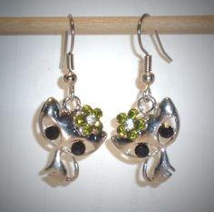 Ohrringe Katze mit Blume grün mit Edelstahl Ohrhänger Damen Modeschmuck Neuware