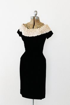 Vintage 1950s black velvet and lace cocktail dress <3 | from PalmReaderVintage on Etsy