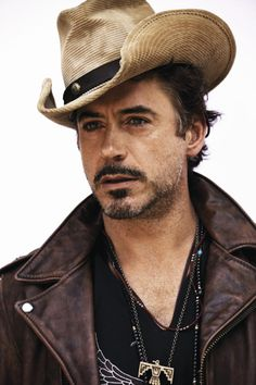 hotnessmonsters:  Robert Downey Jr.