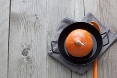 Hokkaido-Kürbis: Wir haben eine Suppe mit 3 Varianten für euch - da ist für jeden was dabei!