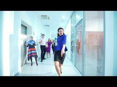 """Мамы жгут!!! Лучший клип на выпускной от родителей! """"Я Мать и я умею танцевать!"""" Гимн всех мам! - YouTube"""