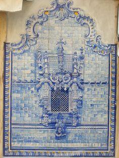 Tomar, Portugal Tile Murals, Tile Art, Mosaic Tiles, Lisbon Portugal, Visit Portugal, Blue Pottery, Portuguese Tiles, Iron Work, Wall Art Designs