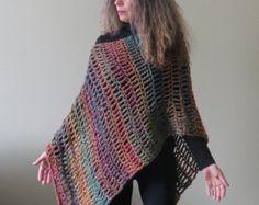 Crochet Poncho PATTERN / Asymmetrical Poncho por CrystalBearDesigns
