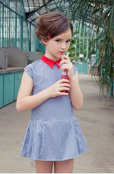 Quenotte, so very chic. kids fashion and style. girls clothing and outfits. Fashion Kids, Little Girl Fashion, Little Girl Dresses, Look Fashion, Girls Dresses, Kids Fashion Summer, Vintage Kids Fashion, Outfits Niños, Kids Outfits