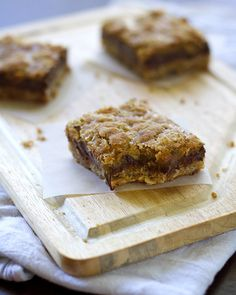 chocolate caramel oatmeal bars