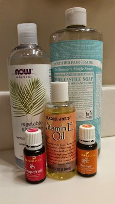 Citrus Burst Body Wash made with Young Living Orange and Grapefruit Essential Oils - Recipe on blog.