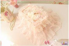 Pink Rose Lace Tissue Cover  Price : IDR 55.000  For Order : Pin bb : 5279D5D2 Line : etfelicel1 WA : 085216016388 Ig : etfelicel FB : www.Facebook.com/etfelicel.shop www.etfelicel.com