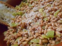 Menestra de trigo y puerros - Minestra di farro e porri