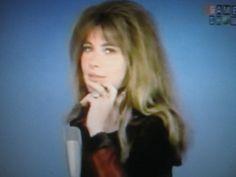 """Lee Grant, 1972 in """"Hollywood Squares"""", TV-Gameshow Lee Grant, In Hollywood, American Actress, Squares, Actresses, Tv, Female Actresses, Bobs, Television Set"""