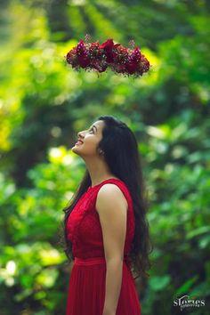 Beautiful Girl Facebook, Indian Wedding Bride, Marriage Decoration, Wedding Album, Wedding Photoshoot, Bridal Portraits, Pose Reference, Photo Poses, Blur