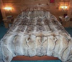 Glacier Wear - Coyote Fur Comforter For Sale Coyote Hunting, Pheasant Hunting, Archery Hunting, Predator Hunting, Tanning Hides, Fur Comforter, Bushcraft, Blankets For Sale, Soft Blankets