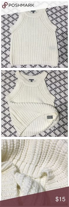 Crochet Crop Top Set comes with 2 really cute crochet tops. Cream top is XS and has never been worn. Pink top is S and has been worn once with size tag removed. Tops Crop Tops