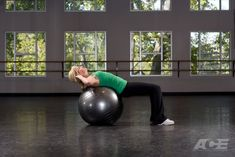 Step 1 Starting Position: Sit on the stability ball with your feet flat on the floor. Slowly begin walking your feet forward as you tuck your tail under. Lower
