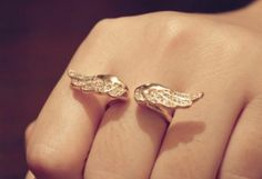 Popular Angel's Wing Ring with Rhinestone Punk Rock Ring Fashion Jewelry