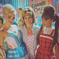 BrookeEngen (@Brookethat) | Twitter - 07Dec2016 - @ArianaGrande @DoveCameron #HairsprayLive what a dream experience this has been #ThisShow #ThesePeople #Grateful Cabello Ariana Grande, Ariana Grande Fans, Ariana Grande Photos, Disney Channel, Hairspray Movie, Liv Y Maddie, Dove Cameron Style, Bff, Kid Memes