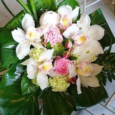 Onnittelukimppu orkideoista   Conratulation #bouquet from orchids ❤ #kukat #blooms #flowers #kukkakimppu #bouquet #onnittelukukat #orkidea #orchid #ruusu #rose #neilikka #pinkrose #carnation #whiteflower #flowerslovers  #flowersofinstagram #ig_instagram #florist #kukkakauppa_kotka #kauniitkukat #beautifulflowers #flowershop #kukkakauppa #kotka #finland