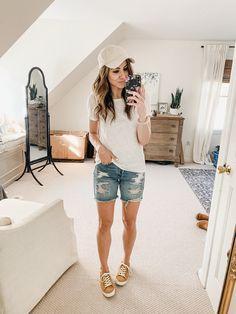 How to Style Bermuda Shorts - Lauren McBride
