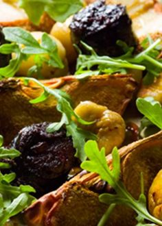 Marmelos com castanhas, rúcula e morcela crocante