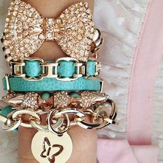 Turquoise and gold bling bracelets Bow Jewelry, Trendy Jewelry, Cute Jewelry, Jewelery, Jewelry Accessories, Fashion Accessories, Jewelry Design, Fashion Jewelry, Trendy Accessories