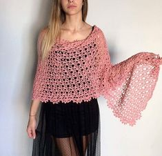 This pattern is for a lovely scarf or wrap depending of the size you will make.