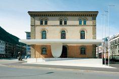 Valerio Olgiati - New entrance to the Graubünden Parliament, Chur 2009