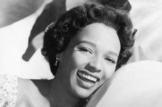 Dorothy Dandridge is legendary for the old Hollywood glamor she personifies. Check out our tips on how to own her classic looks.