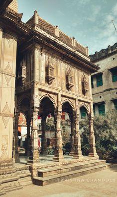Kasiraj Kali Temple – Hidden Treasure of Varanasi – incredible spiritual india Indian Temple Architecture, India Architecture, Temple India, Hindu Temple, Incredible India Posters, History Of India, Ancient History, India Culture, India Art