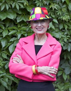 June 1, 2016 : June's Hat Attack was created by artist, #milliner and blogger Carol Markel of Femme et Fleur HERE.  This colorful fedora accompanied me back to Denver after my most recent visit to NYC.  I've worn Carol's hats before on Style Crone, but this chapeau deserved it's very own feature on Hat Attack.
