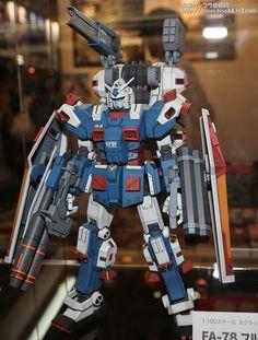 1/100 FA-78-1 Full Armor Gundam: Mobile Suit Gundam Thunderbolt Customized Build This custom build originally appeared in an issue of Hobby ...