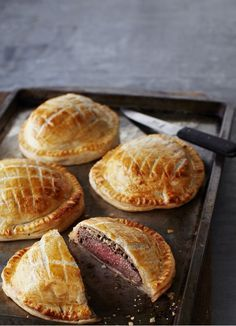 Try our individual beef wellington recipe. These mini beef wellingtons make an easy beef wellington recipe. Make our easy individual beef wellington recipe Beef Steak Recipes, Beef Recipes For Dinner, Meat Recipes, Cooking Recipes, Beef Meals, Cooking Tips, Beef Tips, Cooking Beef, Cooking Classes