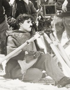 """Chaplin behind the cameras for  """"The Gold Rush"""" (1925)"""