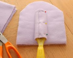 DIY reusable swiffer duster cloths from fleece.
