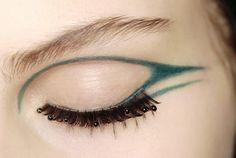 Green Liner & Retro Lashes