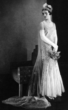 Vintage 1930 - not sure if this is a bride or someone actually presented at court but the total ensemble is awesome!