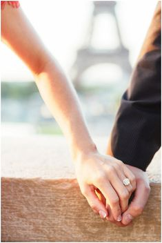 get engaged in Paris | Image by IheartParis Photography