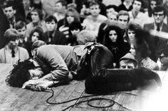 Jim Morrison drunk on stage, 1970
