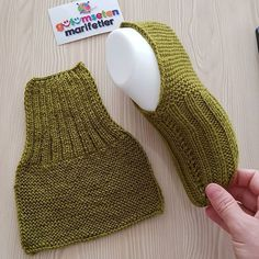 – # Informations About Keine Beschreibung des Fotos verfüg - Crochet Socks, Knit Or Crochet, Knitting Socks, Baby Knitting, Crochet Baby, Knitted Booties, Knitted Slippers, Knit Slippers Pattern, Knitting Patterns Free