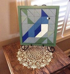 Your place to buy and sell all things handmade Barn Quilt Designs, Barn Quilt Patterns, Quilting Designs, Bird Quilt Blocks, Painted Barn Quilts, Bird Barn, Barn Wood Crafts, Barn Art, Blue Jay