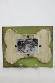Green Dog Frame - main